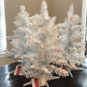 Set Of 3 White Tiny Treasure Christmas Trees NWT
